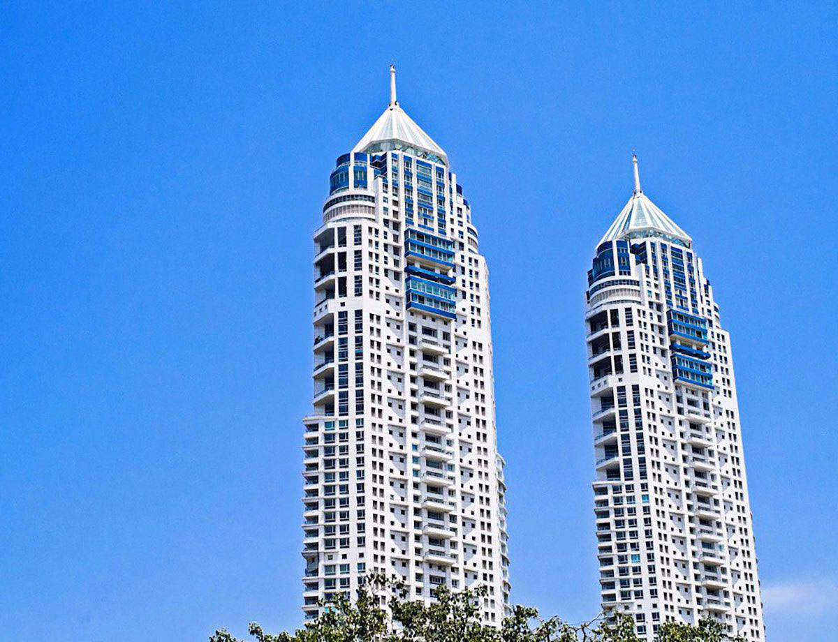 Residential twin towers and premium apartments in south mumbai the project highlights altavistaventures Choice Image